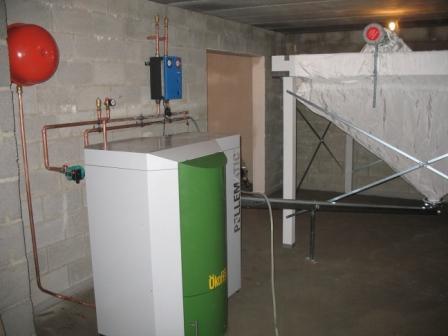 Delmelle Energies chaudière Okofen à vis avec silo